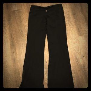 Original Lulu lemon yoga pants! Size 8 bootcut